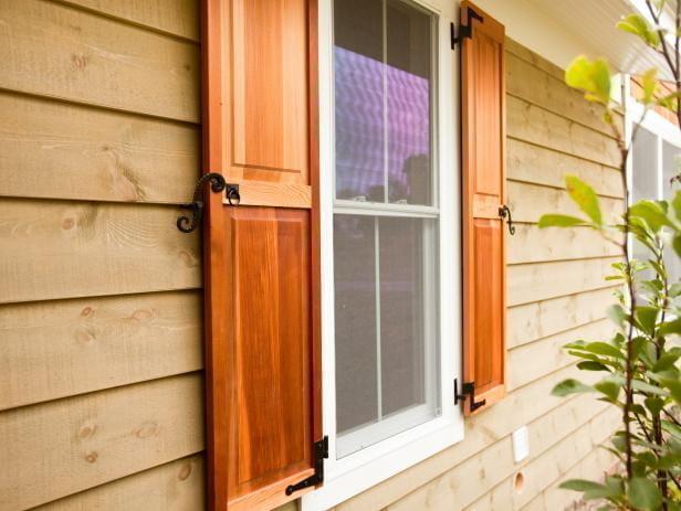 ставни на окна деревянного дома фото карачаевского красавца